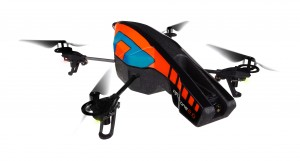 ARDrone2 HD Outdoor BLUE Left View 0176 300x161 Nu lander Parrots 'AR.Drone 2.0' i Danmark