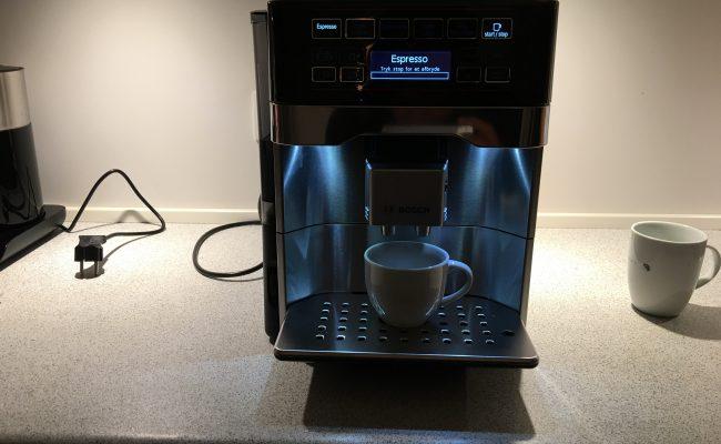 Test: Bosch VeroAroma 700 Espressomaskine TES60729RW