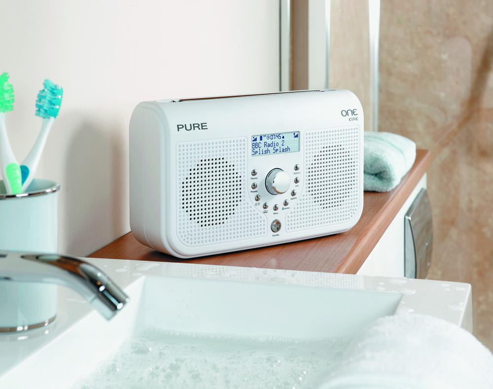dab radio med bluetooth test cykelhjelm med led lys. Black Bedroom Furniture Sets. Home Design Ideas