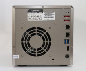 QNAP-TS420-back