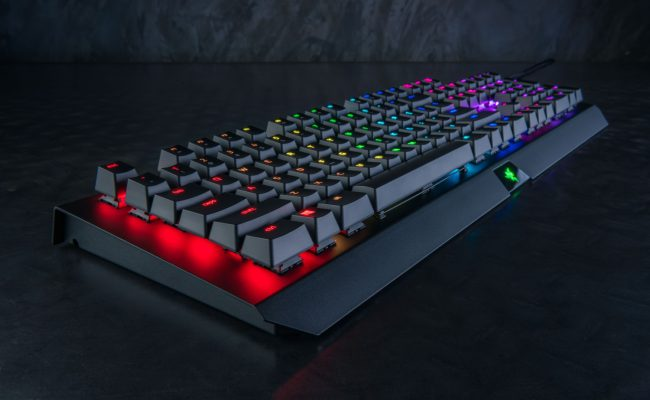 Test: Razer BlackWidow X Chroma mekanisk gaming tastatur