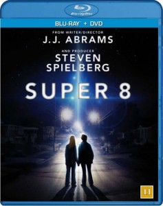 super 8 blu ray 237x300 Afsluttet   Vind Super 8 Blu ray / DVD Combo
