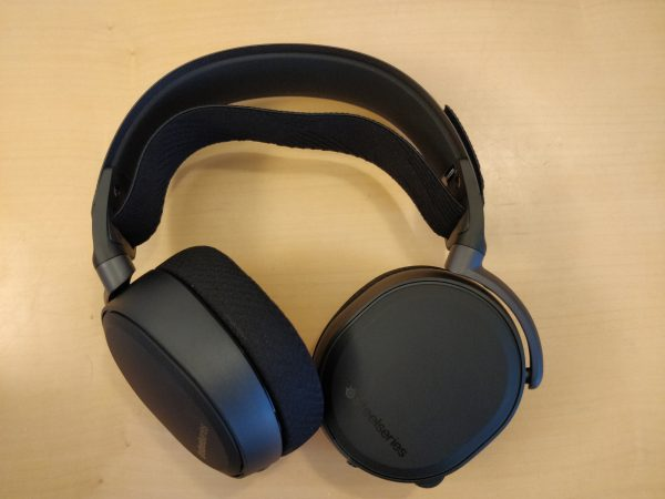 test steelseries arctis pro wireless gaming headset. Black Bedroom Furniture Sets. Home Design Ideas